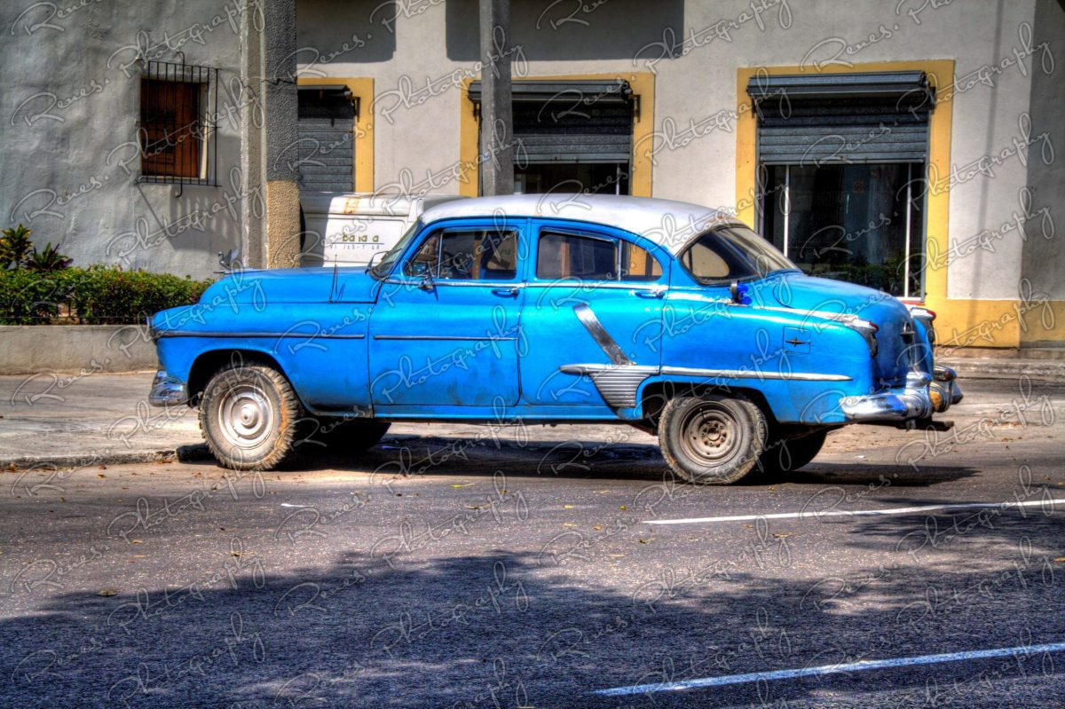 1951 Oldsmobile on the streets of Havana Cuba 1 scaled