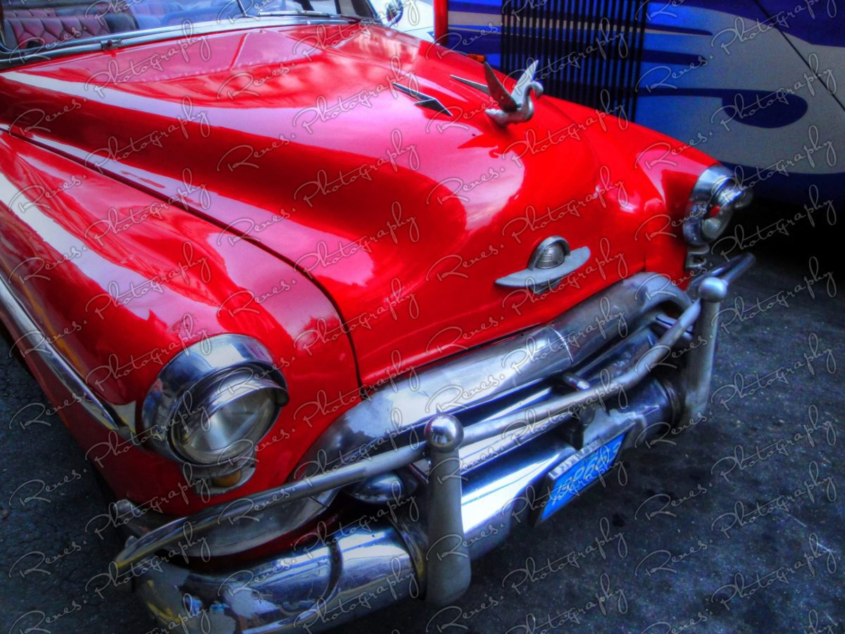 1952 Oldsmobile convertable on the streets of Havana Cuba 1 scaled