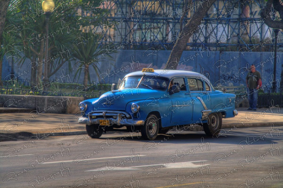 1953 Oldsmobile on the streets of Havana Cuba 1 scaled