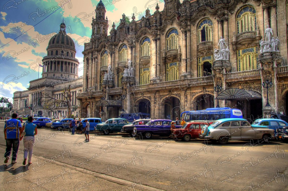 American Oldtimer in front of the Grand Theater of Havana Cuba 1 scaled