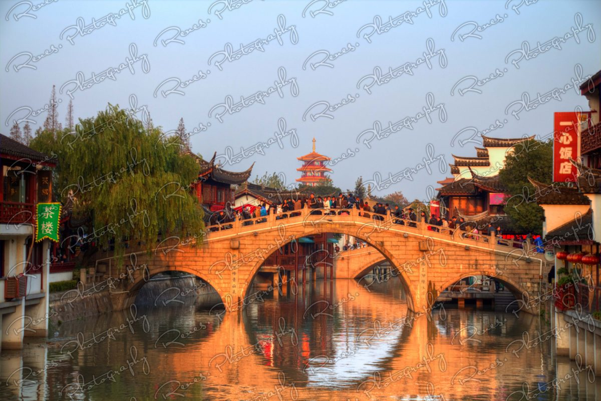 Sunset in Qibao Ancient Town in Shanghai China 4 scaled